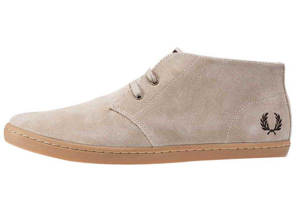 Fred Perry Byron Mid Chukka Boots in Sand Tan