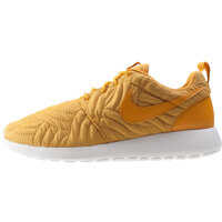 Tenisi & Adidasi Roshe One Premium Trainers In Gold Femei
