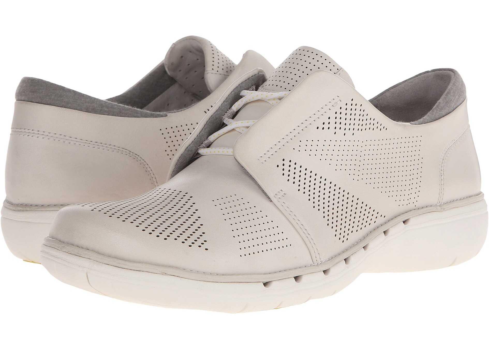 Clarks Un Voltra* White Leather