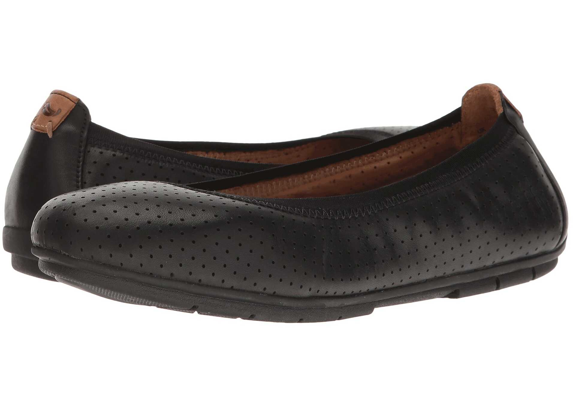 Clarks Un Tract Black Leather