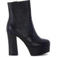 Ghete & Cizme Black Leather Ankle Boots With Heel And Plateaux Femei