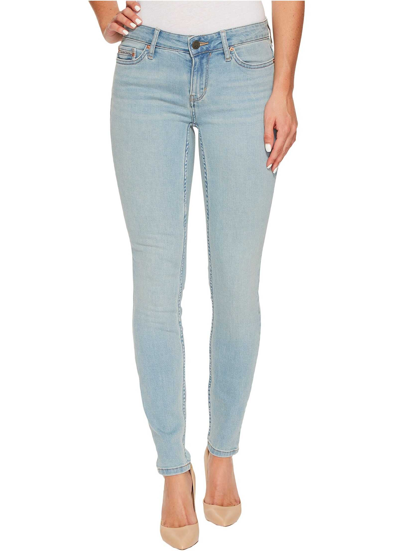 Calvin Klein Jeans Legging Jeans in 90s Light Wash 90's Light