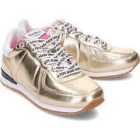 Sneakers Sydney Mirror Fete