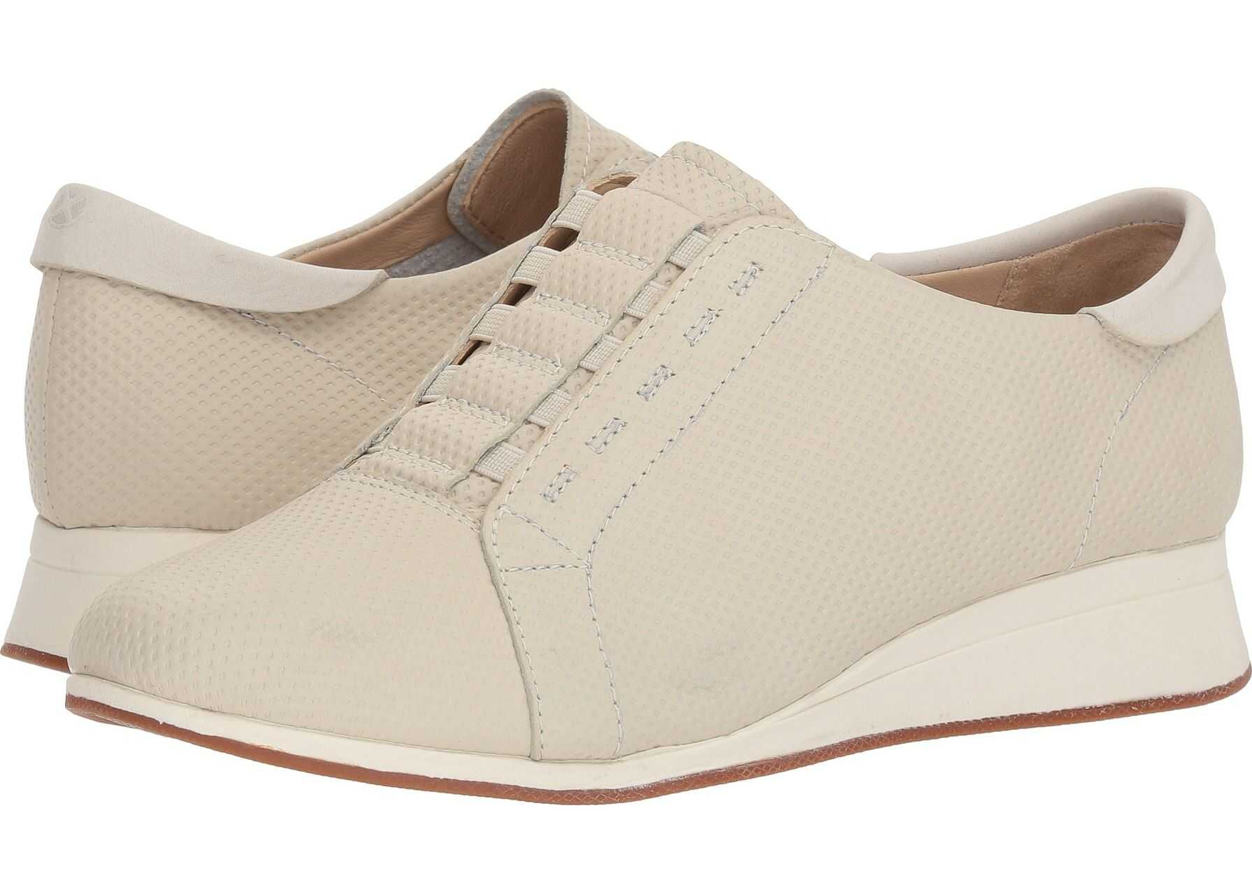 Hush Puppies Evaro Slip-On Oxford Ivory Embossed Leather