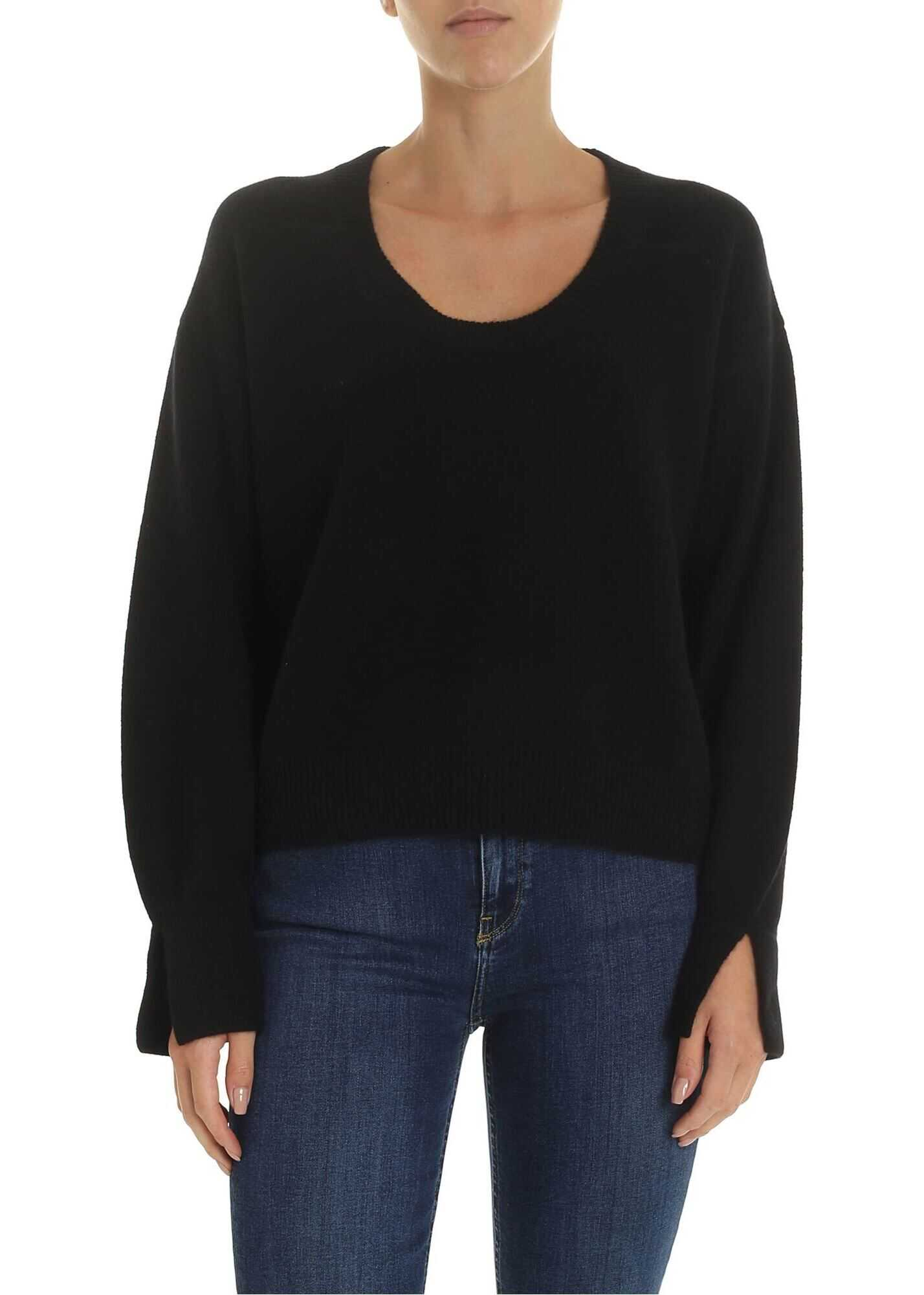 Oggi Pullover In Black thumbnail