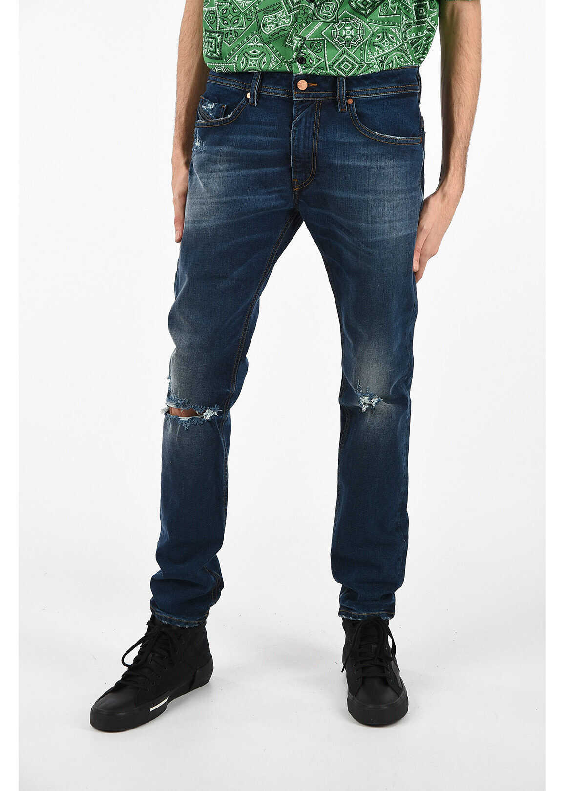 16cm Distressed THOMMER L.32 Jeans thumbnail